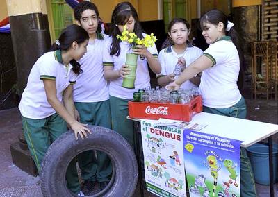 Escuelas libres de criaderos de mosquitos serán visitadas por técnicos del SENEPA