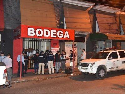Hallan vehículo de mujer asesinada en Asunción