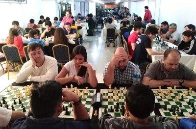 El ajedrez fue fiesta en feria internacional del libro