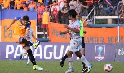 Colegiales clasifica tras vencer a Athletic por Copa Paraguay
