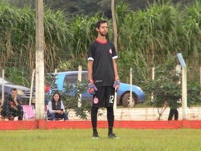 El arquero sordo que hace hablar al mundo del fútbol en Itapúa
