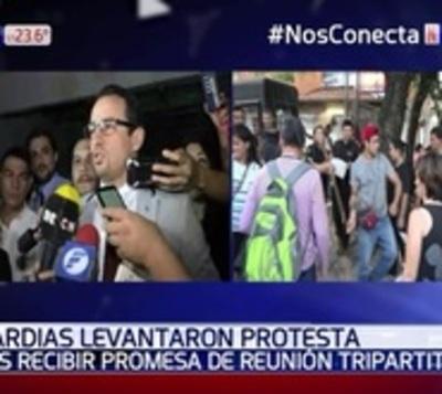 Guardias levantan protesta luego de promesa de Ministerio de Trabajo
