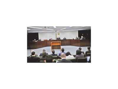 Moro deberá brindar explicaciones ante el Senado por las filtraciones