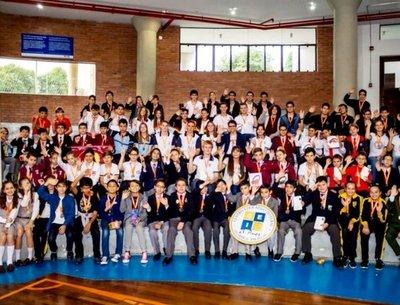 Más de 100 premiados en Olimpiada Kanguro