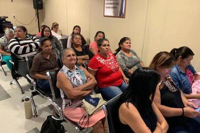 Diputados considera salario mínimo para trabajadoras domésticas