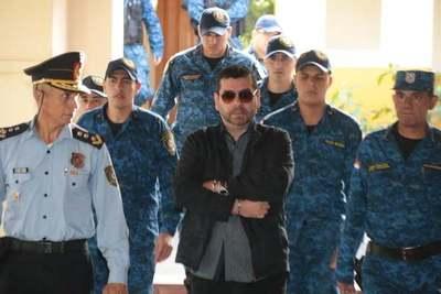 Alcides Oviedo se abstiene a declarar y espera la sentencia