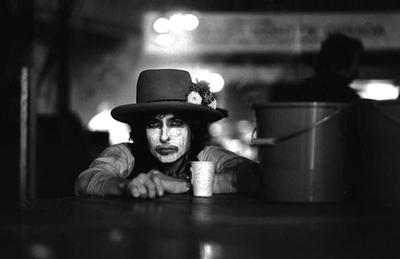 "HOY / Scorsese rejuvenece cuarenta años a Bob Dylan en ""Rolling Thunder Revue"""