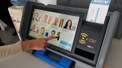 """Implementación de voto electrónico: """"Hasta ahora son sólo proyectos"""", señalan"""