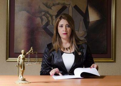 Fiscala zacariista Juliana Giménez se niega a intervenir ante ataques de patoteros a la Comuna