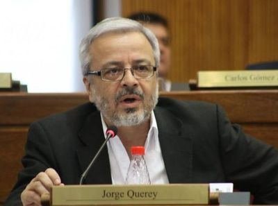 """Diputado niega haber golpeado al senador Querey: """"Sí golpeé su vehículo"""""""