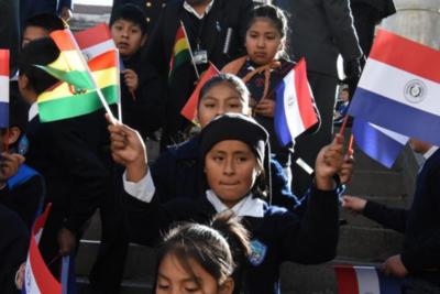 Mario Abdo aboga por estrechar lazos entre paraguayos y bolivianos buscando la prosperidad de los pueblos