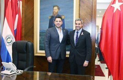 Legisladores colorados oficializan pacto Honor Colorado-Añetete