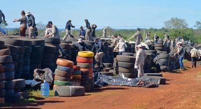 Neumáticos dejarán de ser criaderos y se convertirán en asfalto