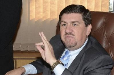 HOY / Blas Llano preside Senado,   Salomón y Monges electos  como vicepresidentes