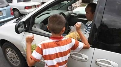 HOY / Criadazgo: la peor forma de trabajo infantil priva del estudio a más de 400 mil niños en Paraguay