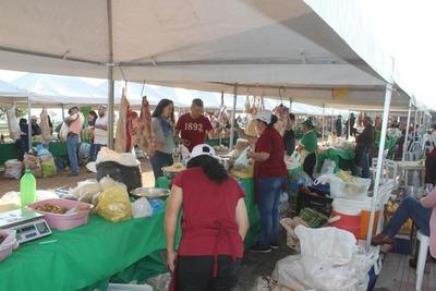 Preparan surtida Feria Agropecuaria en homenaje a los padres