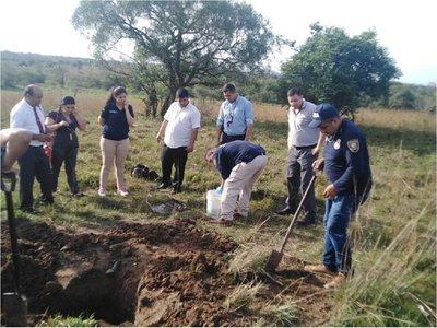 Hallan nuevamente restos óseos en propiedad en Acahay