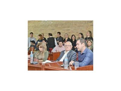 La Municipalidad de CDE tiene una deuda mayor a su presupuesto anual