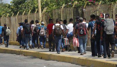 ACNUR insta a gobiernos de la región a una «reunión urgente» para tratar flujos migratorios
