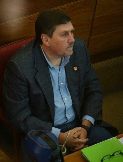 Eligen a Blas Llano como nuevo presidente del Senado