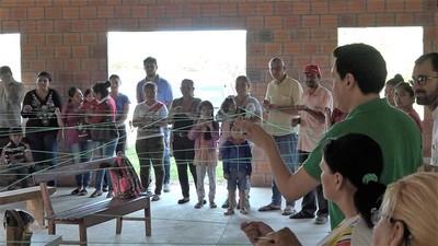 Lanzan iniciativa para eliminar pobreza de familias en Loma Plata