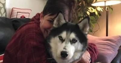 Perro salvó la vida a su dueña al detectarle cáncer