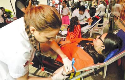 Hoy se recuerda el Día del Donante de Sangre
