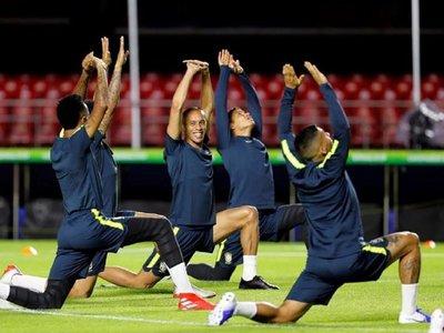 Brasil y Bolivia levantan el telón de la Copa América en el Morumbí