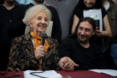La historia de Javier Matías Darroux Mijalchuk, el nieto 130