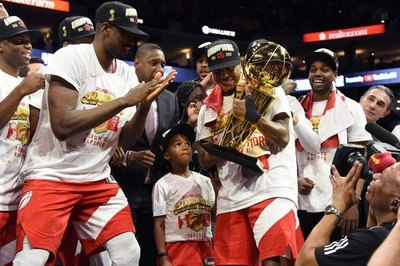Raptors destronan a Warriors y hacen historia en la NBA