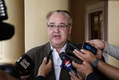 González Vaesken confirma que deja Añetete por desacuerdos con Alderete