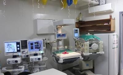 HOY / Salud cuenta con 277 camas de terapia intensiva, no puede habilitar más por falta de especialistas