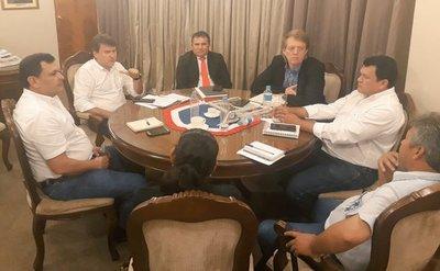 MAG y productores acuerdan mejorar condiciones para comercialización de mandioca