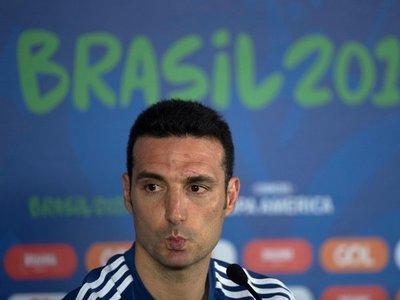 """Scaloni: """"Messi nació para jugar al fútbol, nació para ganar"""""""