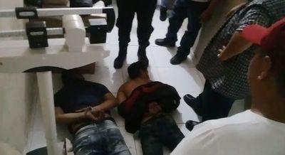Matan a padre e hijo en Puerto Casado