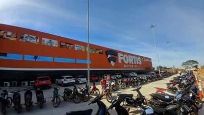 Concepción: Roban celular en conocido local comercial
