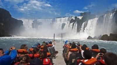 Paraguay y Brasil proyectan acciones para la facilitación del turismo fluvial