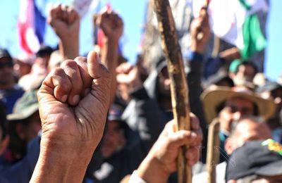Campesinos anuncian nueva movilización en Asunción