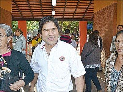 Concepción: Escrachan al diputado Luis Urbieta