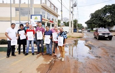 Vecinos cuestionan llamado para obras en avenida de San Lorenzo