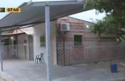 Reos vivían detrás de la cárcel en cómodas viviendas
