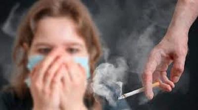 Salud prohíbe fumar en todas sus dependencias