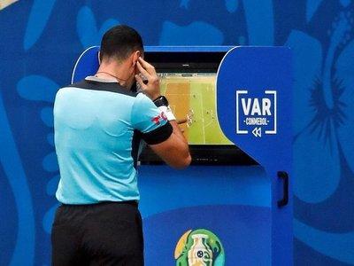 El VAR se luce en primeros partidos de la Copa América