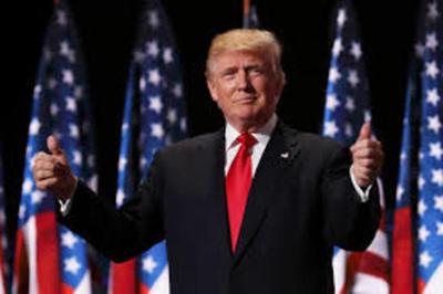 Trump coquetea con una enmienda para gobernar por más de 2 períodos