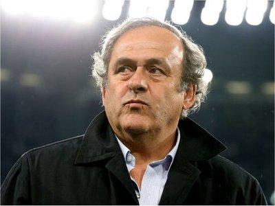 Michel Platini, ex presidente de la UEFA, es detenido en Francia