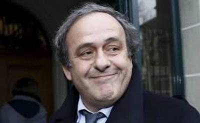 Detienen a Platini en París