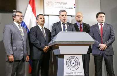 Gobierno presenta líneas de crédito para sector comercial y producción agropecuaria