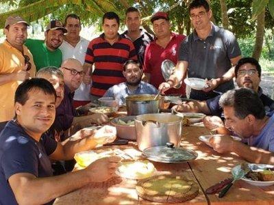 Ex directores almorzaron en granja irregular con reclusos de San Pedro