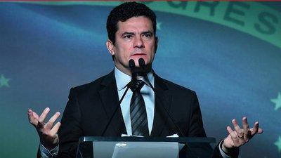 Ministro Sergio Moro comparece ante la Comisión de Constitución y Justicia del senado brasileño