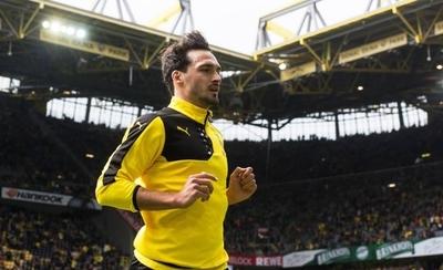 HOY / El Dortmund recupera al central Mats Hummels tres años después